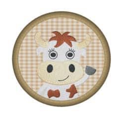 Kuh Fred im Kreis