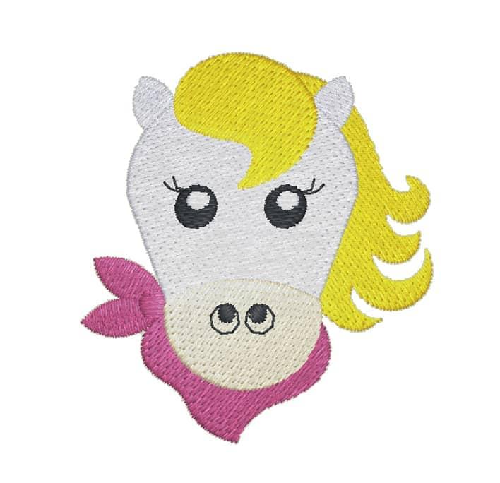 Ponykopf mit Halstuch weiß